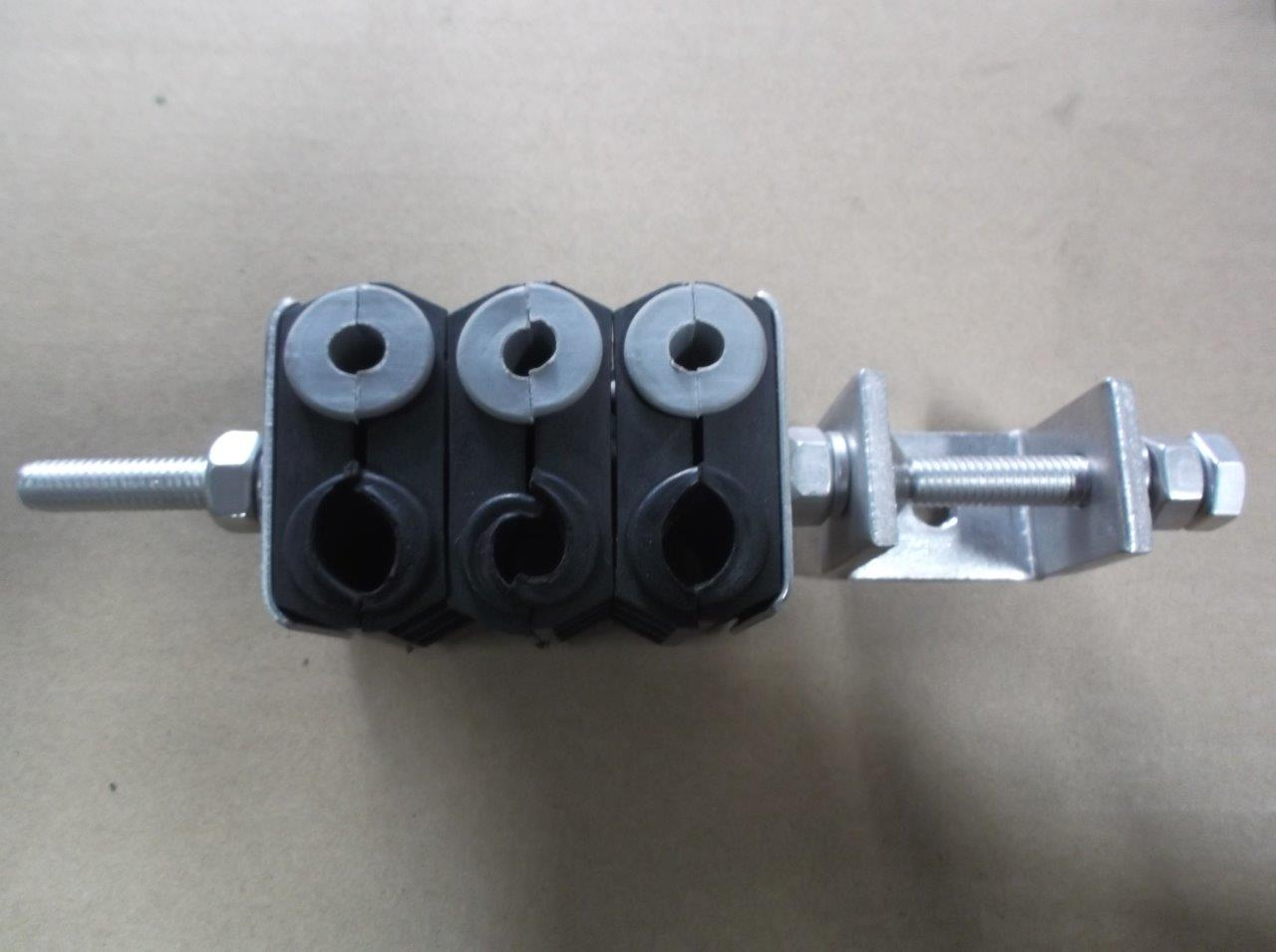 cable feeder clamp